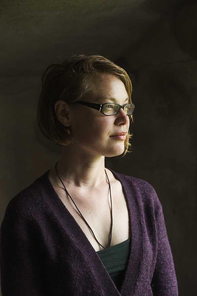 Portret Nina Cookson